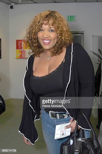 Kim Whitley attends Olympic Artist Jesse Raudales 'Peace for the Children' Art Show' at Los Angeles on February 9 2007