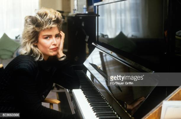 Kim Wilde at the piano in her new apartment in St John's Wood London on September 13 1982 in London United Kingdom 170612F1