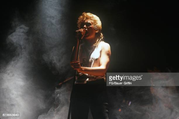Kim Wilde on stage at the CCH Saal Hamburg on March 15 1985 in Hamburg Federal Republic of Germany 170612F1