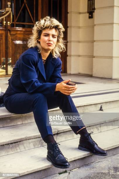 Kim Wilde on the steps to the entrance of her new apartment in St John's Wood London on September 13 1982 in London United Kingdom 170612F1