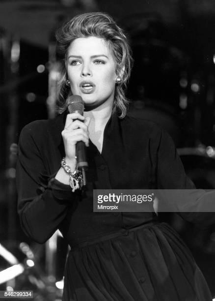 Kim Wilde pop singer 1989