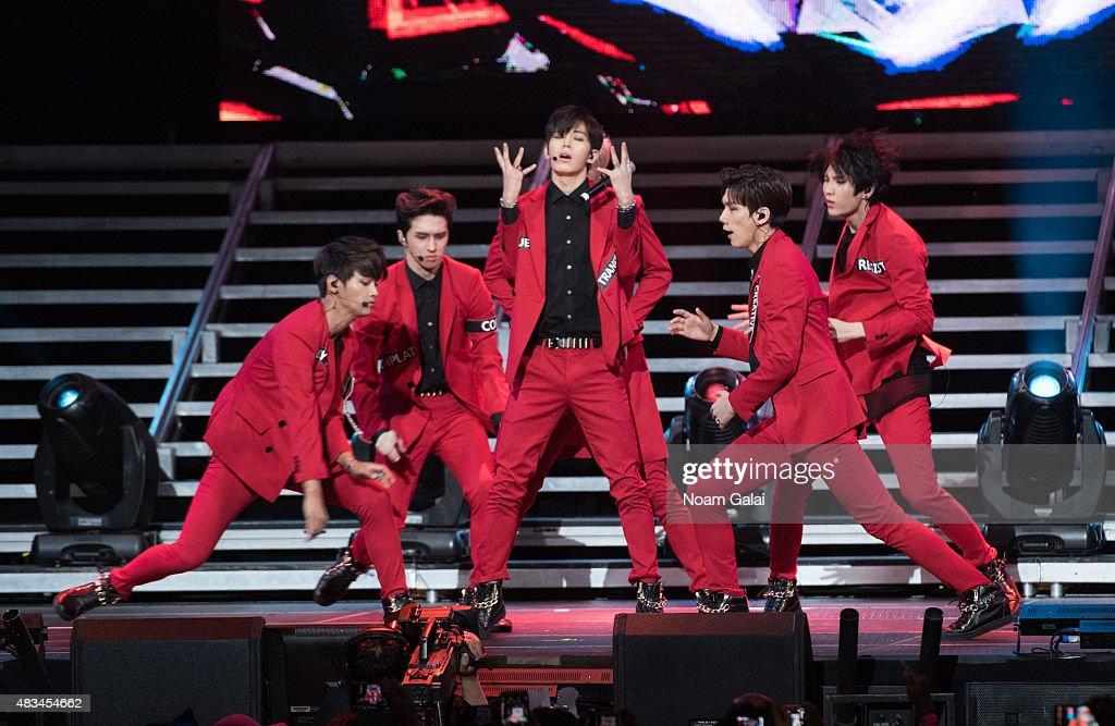 Kim Won-sik, Jung Taek-woon, Lee Hongbin, Cha Hak-yeon, Han Sang-hyuk, and Lee Jae-hwan of 'VIXX' perform at the 2015 K-Pop Festival at Prudential Center on August 8, 2015 in Newark, New Jersey.