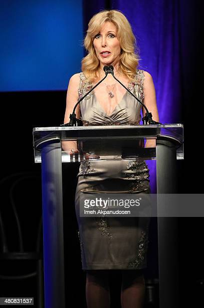 Kim Woolen accepts the Glen Campbell courage award onstage at the 22nd A Night At Sardi's at The Beverly Hilton Hotel on March 26 2014 in Beverly...