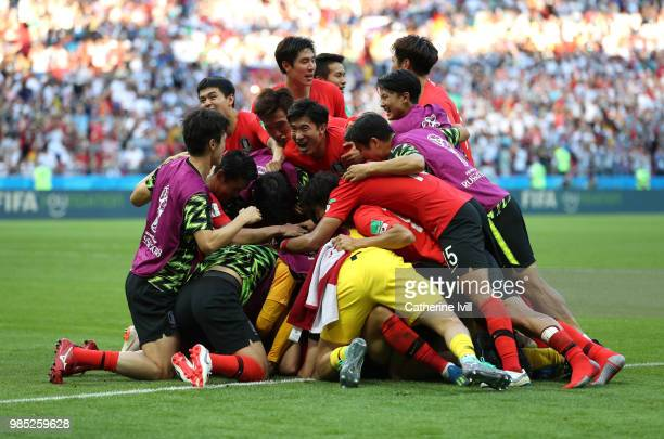 Kim YoungGwon of Korea Republic celebrates with teammates after scoring his team's first goal during the 2018 FIFA World Cup Russia group F match...