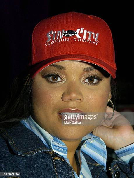 Kimberley Locke in Backstage Creations Talent Retreat at 2004 Motown 45 Special