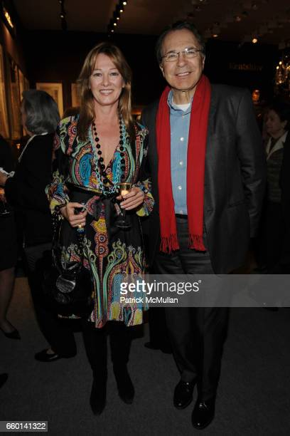 Kimberly DuRoss and Earle Mack attend 55th Annual WINTER ANTIQUES SHOW Opening Night Party to Benefit EAST SIDE HOUSE SETTLEMENT at Park Avenue...