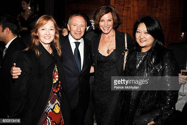 Kimberly DuRoss Laurence Graff Countess LuAnn de Lesseps and Susan Shin attend GRAFF Flagship Salon Opening hosted by LAURENCE GRAFF at Graff...