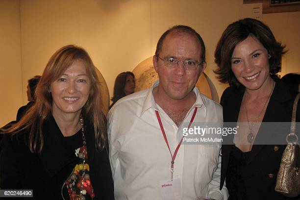 Kimberly DuRoss Luis Miret and Countess LuAnn de Lesseps attend THE PINTA LATIN ART FESTIVAL at The Metropolitan Pavilion on November 13 2008 in New...