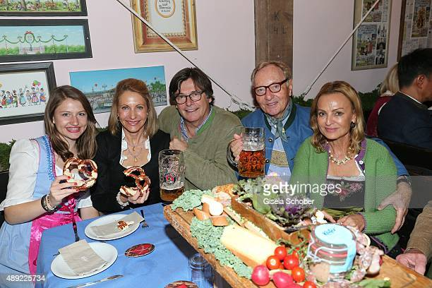 Kimberly Emerson and her daughter Taylor Emerson Georg Thaler Ekkehard Streletzki and his wife Sigrid Streletzki during the 'Fruehstueck bei Tiffany'...