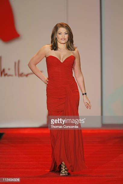 Kimberly Guilfoyle wearing Nicole Miller during Heart Truth Red Dress Fall 2007