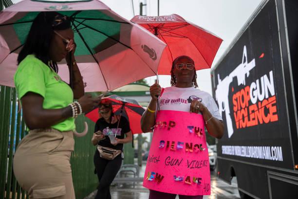 FL: Miami Police Department Hosts Gun Violence Peace March