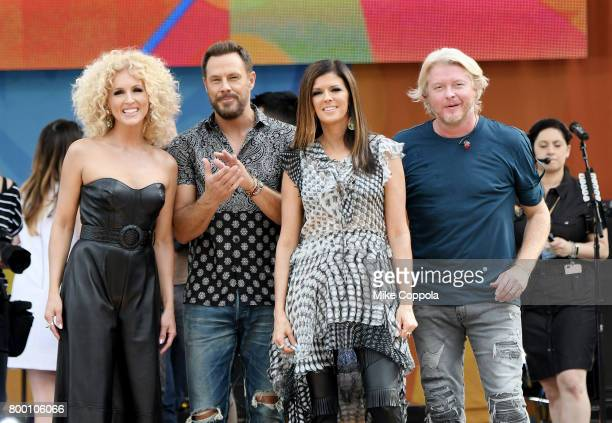Kimberly Schlapman Jimi Westbrook Karen Fairchild and Philip Sweet of Little Big Town pose onstage on ABC's Good Morning America at Rumsey Playfield...