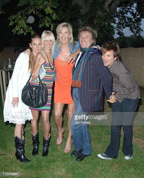 Kimberly Stewart Penny Lancaster Rod Stewart Sean Stewart and Guest