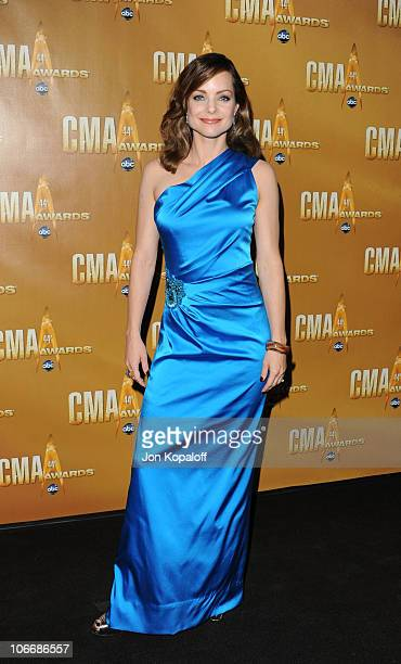 Kimberly Williams Paisley attends the 44th Annual CMA Awards at the Bridgestone Arena on November 10 2010 in Nashville Tennessee