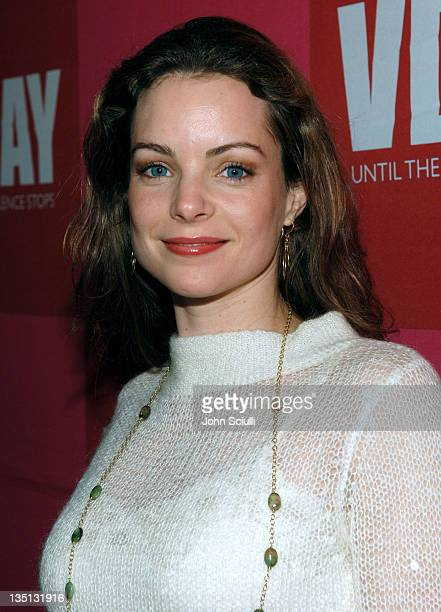 Kimberly WilliamsPaisley during Eve Ensler's 'The Good Body' Opening Night Benefit for VDay LA 2006 Red Carpet at Wadsworth Theatre in Los Angeles...