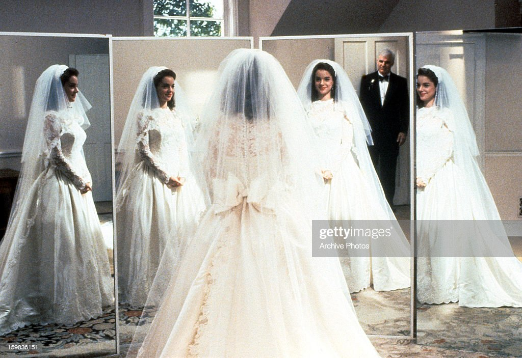 Kimberly Williams Paisley Tries Out Her Wedding Dress In Front Of Steve Martin A
