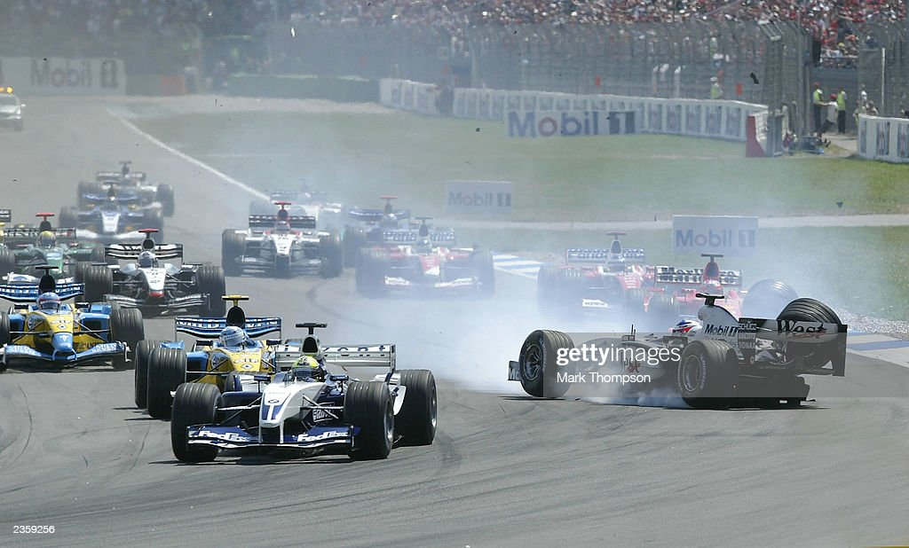 Kimi Raikkonen of Finland and McLaren crashes : News Photo