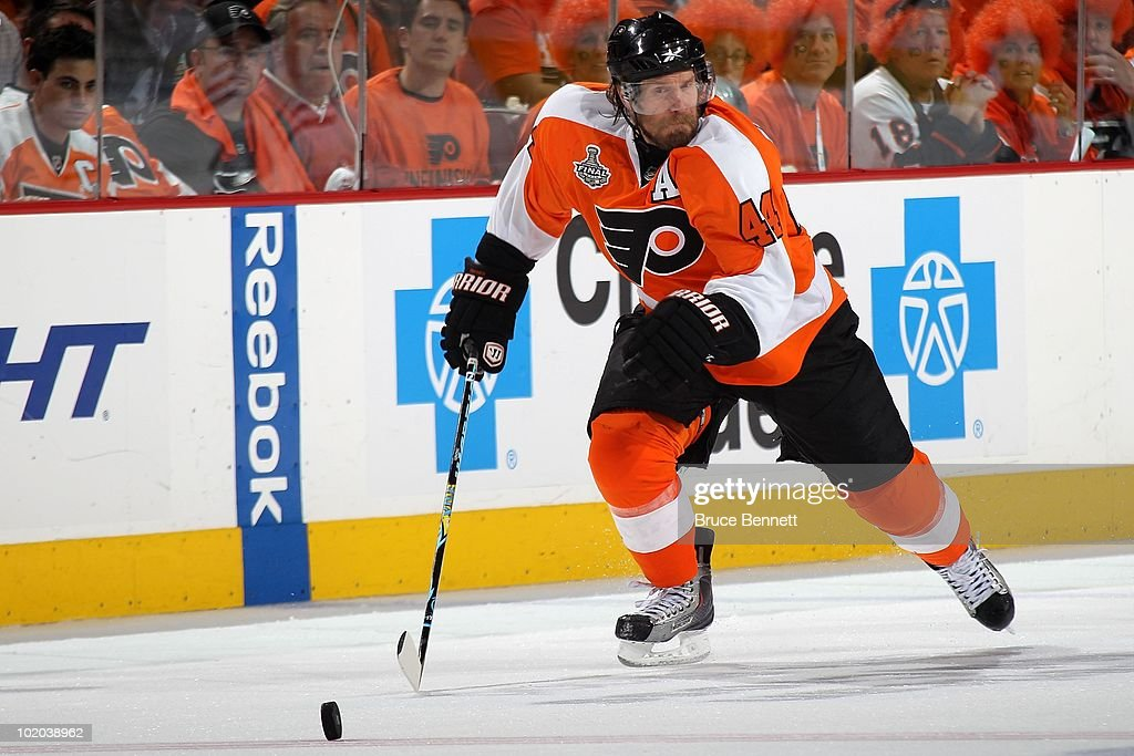 Kimmo Timonen #44 of the Philadelphia Flyers handles the puck against the Chicago Blackhawks in Game Six of the 2010 NHL Stanley Cup Final at the Wachovia Center on June 9, 2010 in Philadelphia, Pennsylvania.