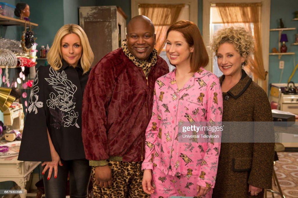 SCHMIDT -- 'Kimmy Bites an Onion!' Episode 313 -- Pictured: (l-r) Jane Krakowski as Jacqueline White, Tituss Burgess as Titus Andromedon, Ellie Kemper as Kimmy Schmidt, Carol Kane as Lillian Kaushtupper --