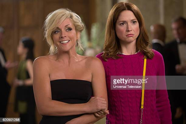 SCHMIDT Kimmy Goes to a Play Episode 203 Pictured Jane Krakowski as Jacqueline Voorhees Ellie Kemper as Kimmy Schmidt