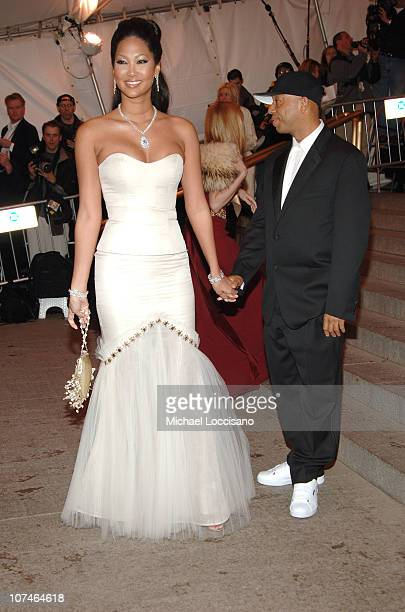 Kimora Lee Simmons and Russell Simmons during Chanel Costume Institute Gala Opening at the Metropolitan Museum of Art Arrivals at Metropolitan Museum...