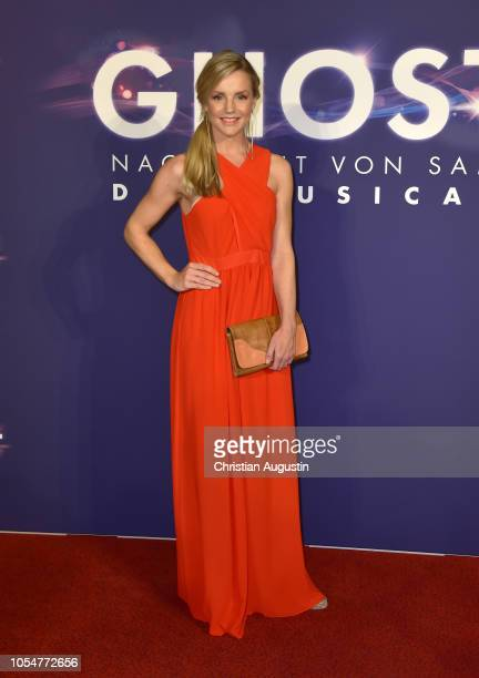 KimSarah Brandts attends the premiere of the musical 'Ghost The Musical' at Stage Operettenhaus on October 28 2018 in Hamburg Germany