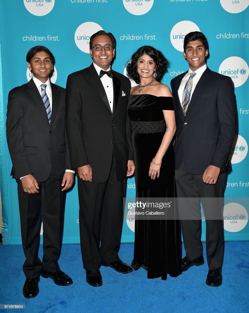 UNICEF's Hope Gala - Inside : News Photo