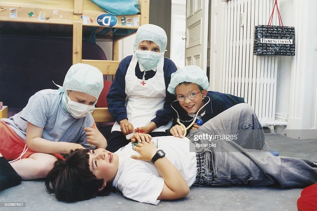 Scherzhaft Arzt Spielen