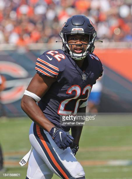 Kindle Vildor of the Chicago Bears awaits the snap against the Cincinnati Bengals at Soldier Field on September 19, 2021 in Chicago, Illinois. The...