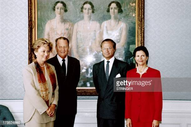 King Albert II of Belgium and his wife Queen Paola pose with King Carl Gustaf of Sweden and his wife Queen Silvia of Sweden at Villa Fridhem in front...