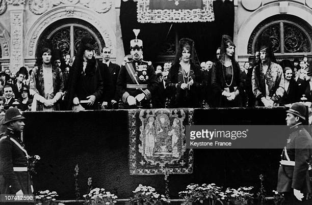 King Alfonse Xiii Queen Victoria Infantas Marchioness Carisbroke And Duke Of Spolete At Easter Procession In Seville In 1930