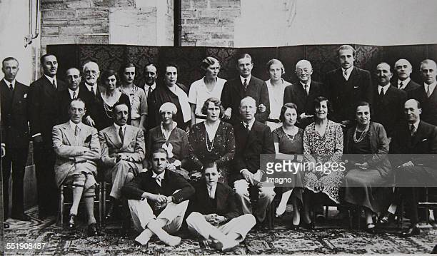 King Alfonso XIII of Spain and his wife Victoria Eugenie of Battenberg and the entire Spanish royal house 18 February 1931 photograph