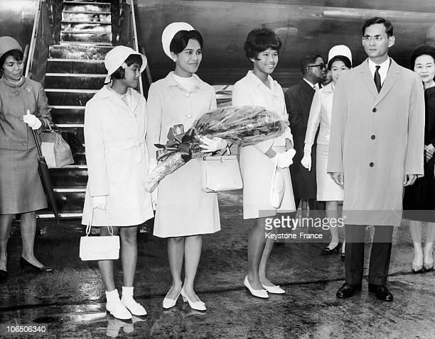 King Bhumibol And Queen Sirikit With Their Two Children Princess Ubon Rat Racha Kanya Siri Wathana Phan Wadi 15Year Old And Princess Sirinthorn...