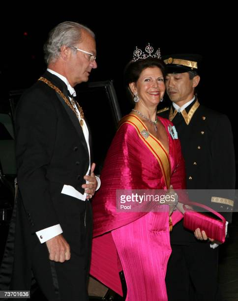 King Carl XVI Gustaf and Queen Silvia of Sweden arrive for dinner at the Imperial Palace on March 26 2007 in Tokyo Japan The Swedish king and queen...