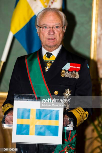 King Carl XVI Gustaf of Sweden and Italian President Sergio Mattarella give a press conference at the Stockholm Royal Palace on November 13 2018 in...