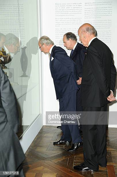 King Carl XVI Gustaf of Sweden French Minister of Culture Frederic Mitterand and Former President Valery Giscard D'Estaing Attend 'Master Art'...