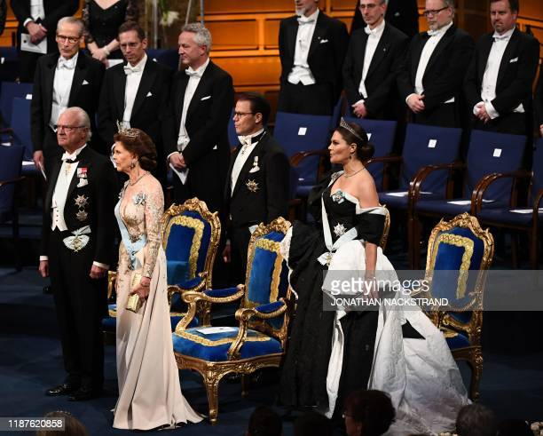 King Carl XVI Gustaf of Sweden Queen Silvia of Sweden Crown Princess Victoria of Sweden and Crown Prince Daniel of Sweden stand at the start of the...