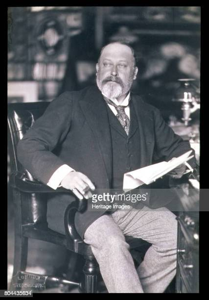 King Edward VII c19021905 Edward VII was King of the United Kingdom of Great Britain and Ireland King of the Commonwealth Realms and the Emperor of...