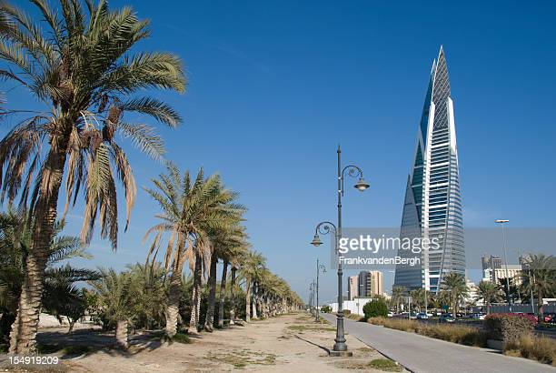 king faisal highway in bahrain - manama stock pictures, royalty-free photos & images