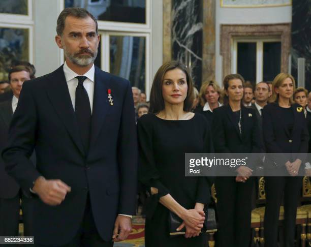 King Felipe and Queen Letizia of Spain attend the funeral of the Infanta Alicia de BorbonParma in the chapel of the Royal Palace on May 11 2017 in...