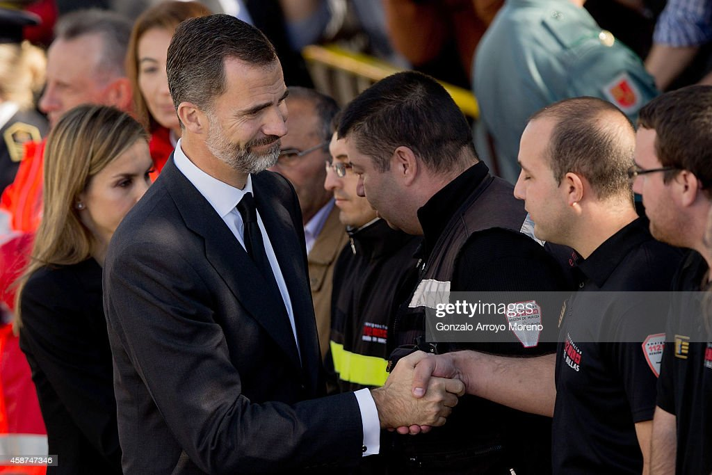 Funeral for the 14 Dead In Bus Accident In Murcia Region : Nieuwsfoto's