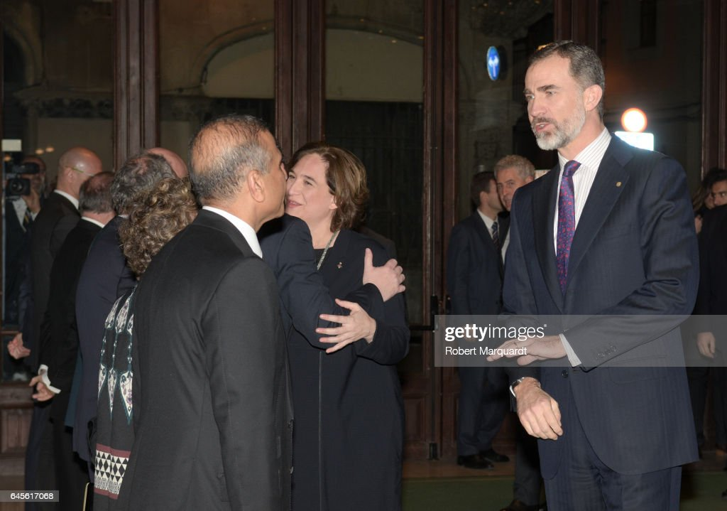 King Felipe of Spain (R) and Barcelona city mayor Ada Colau (C) attend the official dinner of the Mobile World Congress 2017 at Palau de la Musica on February 26, 2017 in Barcelona, Spain.