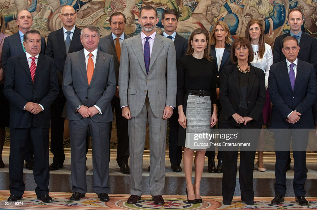 Spanish Royals Receives TVE Members At Zarzuela Palace : ニュース写真