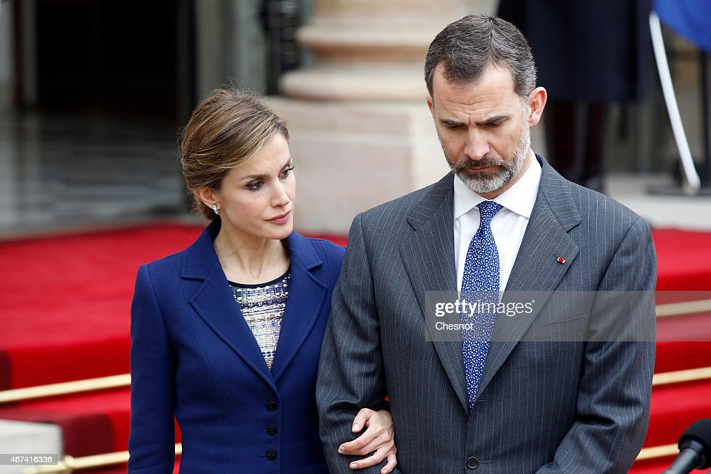King Felipe Of Spain and Queen  Letizia Of Spain On Official Visit In France : Day 1 : News Photo