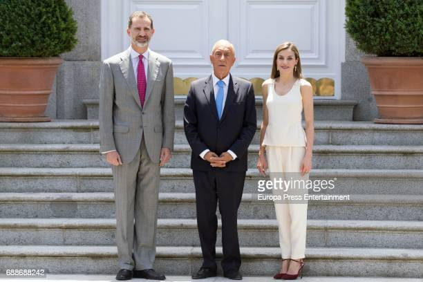 King Felipe of Spain and Queen Letizia of Spain receive President of Portugal Marcelo Rebelo de Sousa for a lunch at Zarzuela Palace on May 26 2017...