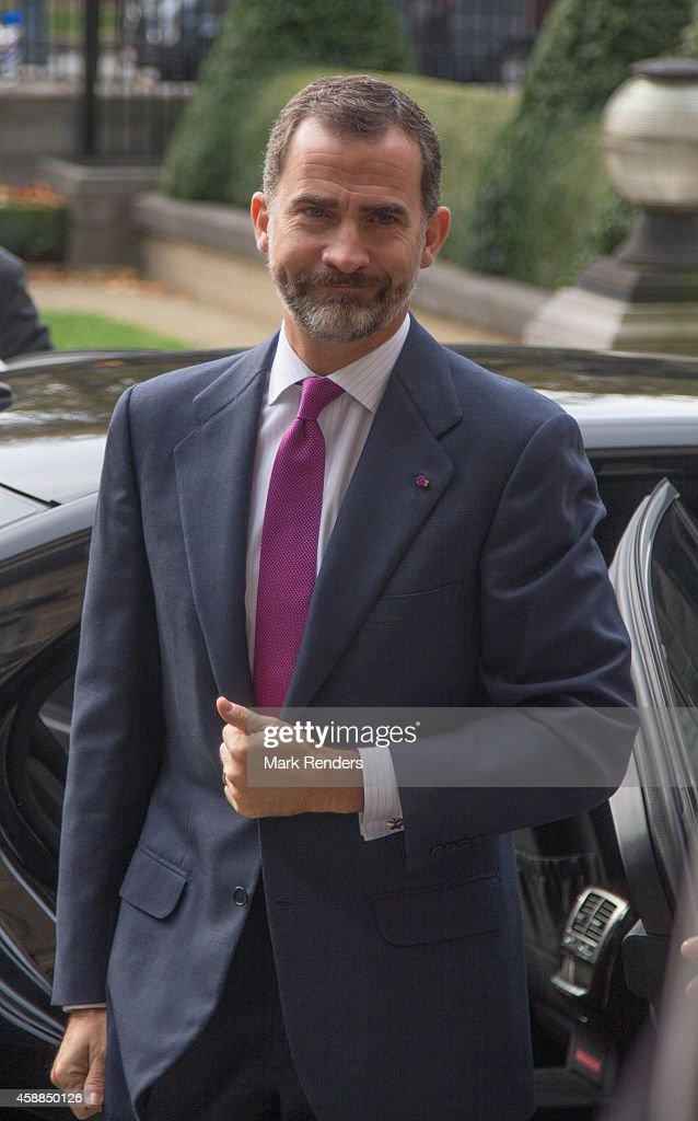 King Felipe of Spain assists a Spanish State visit at the Belgian Parliament on November 12, 2014 in Brussel, Belgium.
