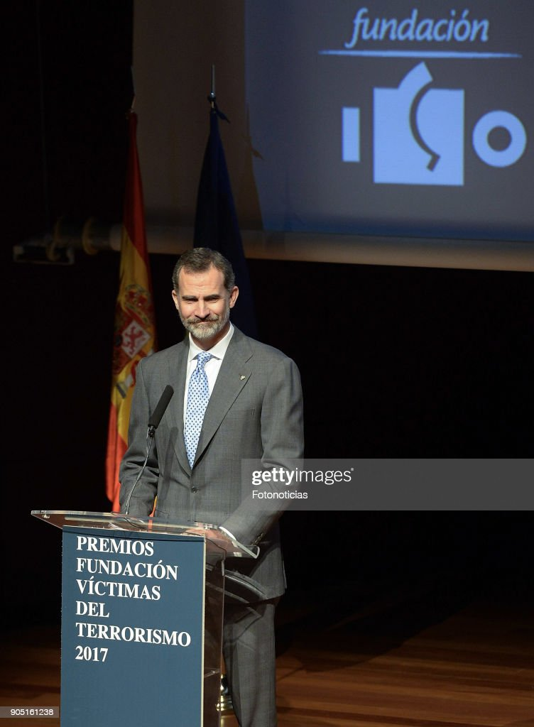 Spanish Royals Attend the Terrorism Victims Foundation Awards : Fotografia de notícias