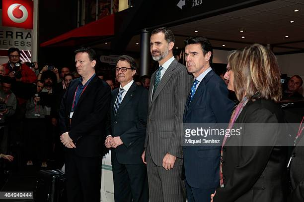 King Felipe of Spain Catalonian Regional Government President Artur Mas and the Spanish Minister of Development and Industry Jose Manuel Soria attend...