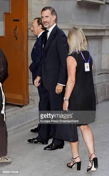 King Felipe of Spain Flavia de HohenloheLangenburg y Medina and Pablo de HohenloheLangenburg y Medina attend the funeral chapel for Duke of...