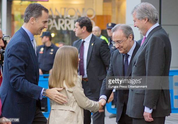 King Felipe of Spain his daughter Princess Sofia Inigo Mendez de Vigo and Florentino Perez attend the UEFA Champions League semifinal secondleg...